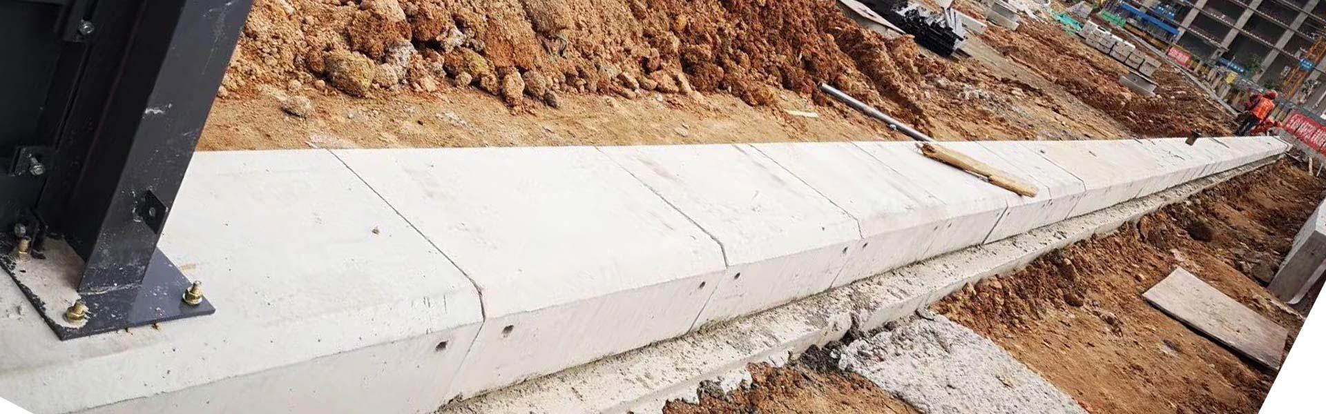 深圳简易工地施工围挡厂家,围挡安装水泥墩,围挡安装基础,围挡水泥块